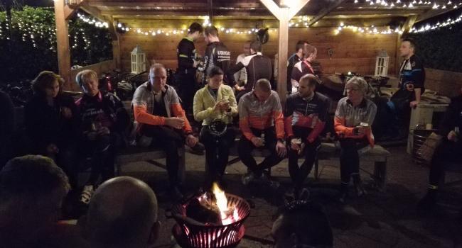 nightbike experience bij de Wilgenweard