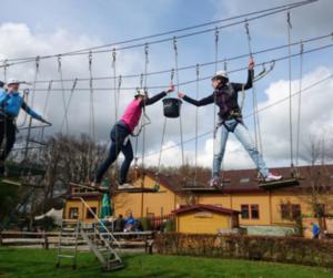 touwparcours bij De Wilgenweard in Nijverdal